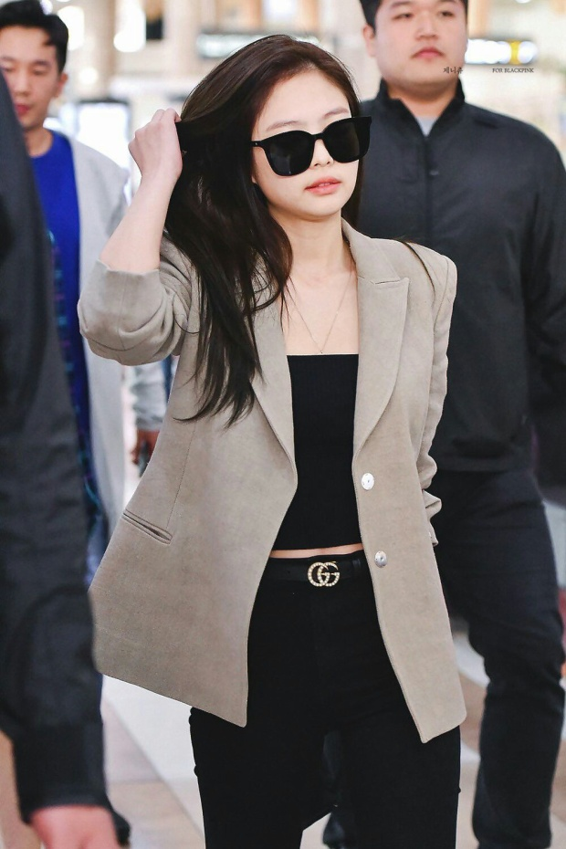 Outfit của Jennie luôn khiến người khác phải chú ý dù là đời thường…