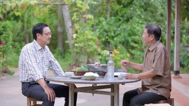 Ông Vương (Mai Huỳnh) trong 'Gạo nếp gạo tẻ': Điểm nhấn sáng giá của bức tranh gia đình hỗn loạn
