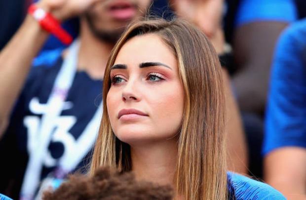 Ngẩn ngơ trước nhan sắc 'chim sa cá lặn' của bạn gái tuyển thủ Pháp
