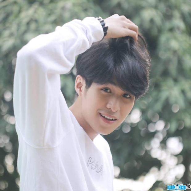 Bậc thầy diễn xuất Hàn Quốc bất ngờ sang Việt Nam nhận nam thần học đường Đỗ Nhật Trường làm học trò
