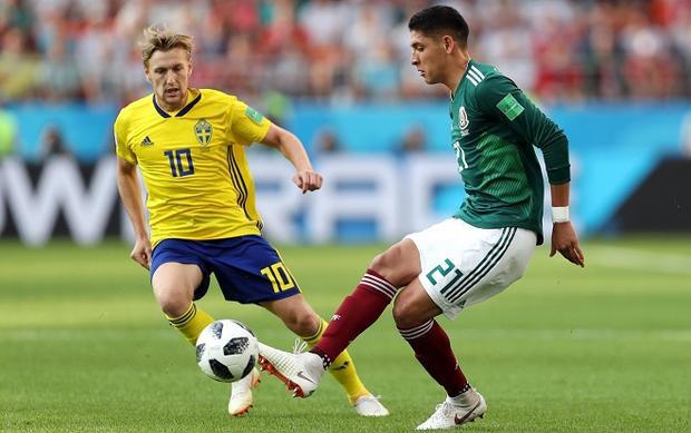 Mexico tự làm khó mình ngay cả khi cửa đi tiếp dành cho họ sáng nhất trong bảng đấu. Ảnh: Fifa.com.