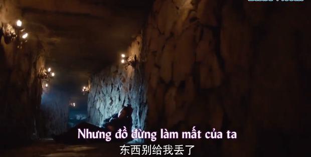 Tông Việt bị trọng thương, không thể tự mình giao đồ cho Vô Cực