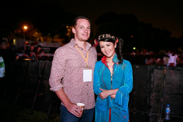Tiếc nuối nhìn lại những hình ảnh đẹp nhất của Diva Hồng Nhung bên chồng Ngoại quốc