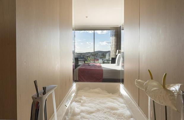 Giá phòng trung bình khoảng 340 USD một đêm (hơn 7,8 triệu đồng).