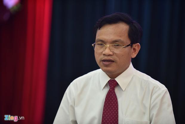 Ông Mai Văn Trinh khẳng định chấm trắc nghiệm trên máy tính đảm bảo độ chính xác cao. Ảnh: Việt Linh.