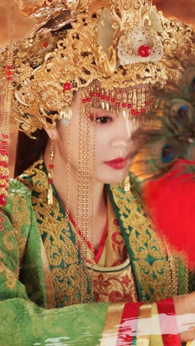 Độc Cô Bàn Nhược - An Dĩ Hiên cao quý, lạnh lùng của Độc cô thiên hạ