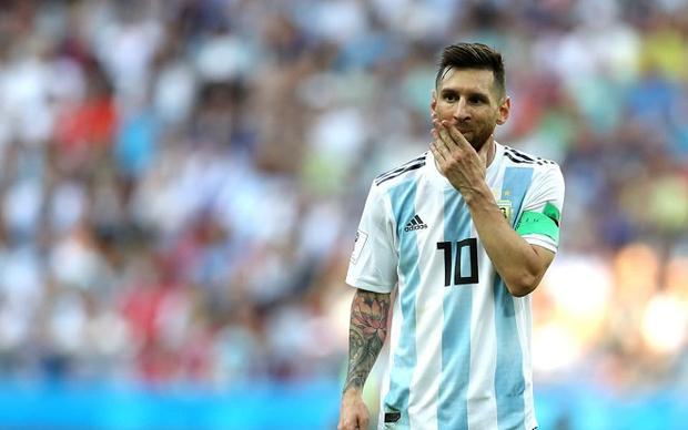 Messi chỉ làm nền cho Mbappe trong trận đấu giữa Pháp và Argentina. Ảnh: Fifa.com.
