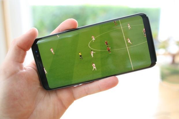 Truyền hình qua Internet được cho là loại hình có tốc độ xử lý chậm nhất vì phải qua nhiều khâu trung gian.