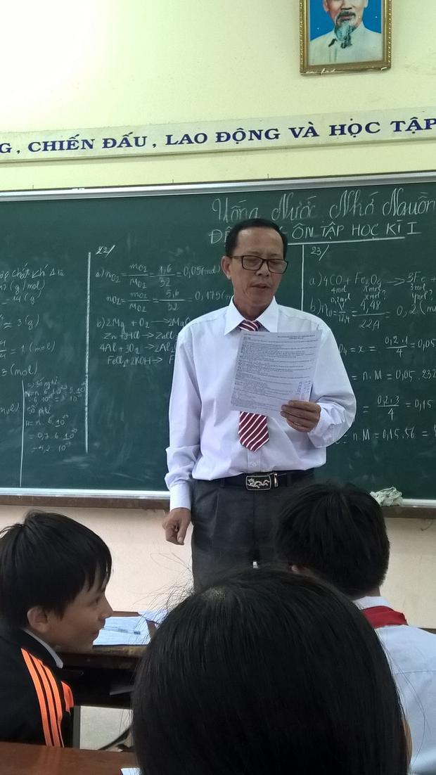 Thầy giáo Tôn Sỹ Dũng là giáo viên trường THCS Võ Xán, Bình Định