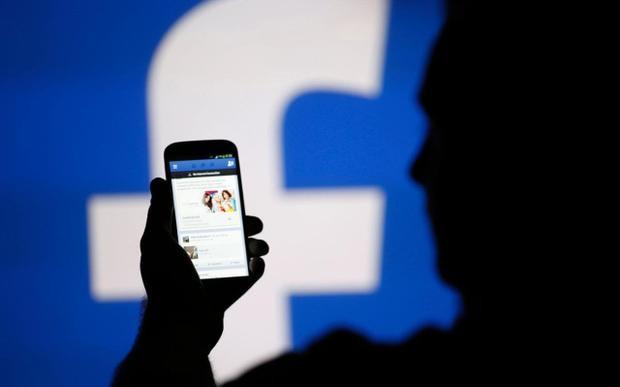 Hiện chưa rõ trong trường hợp Facebook đàm phán bản quyền thành công thì đây có phải là một thoả thuận độc quyền không.