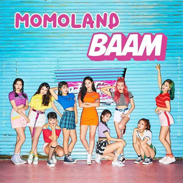 """Sau """"siêu hit"""" BBoom BBoom, người hâm mộ đang chờ đợi liệu Momoland có tiếp tục làm nên chuyện với BAAM."""