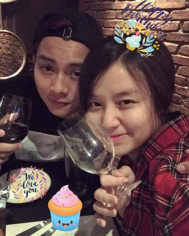 Bạn gái Hoài Lâm đập tan tin đồn chia tay bằng clip chúc mừng sinh nhật ngọt ngào