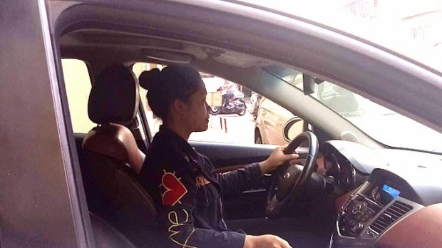 Nữ vệ sĩ Dương Thị Xuyến (SN 1991) có thâm niên gần 9 năm trong nghề.