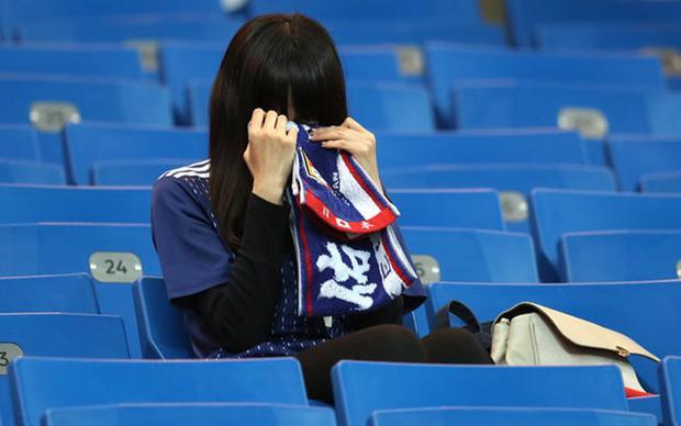 Sự thất vọng của một fan nữ người Nhật. Ảnh: Getty.