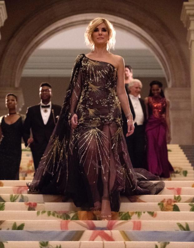 Vai của cô được diện 65 món đồ trong bộ phim này.