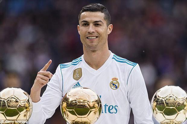 Juventus đang nhắm mua Ronaldo.