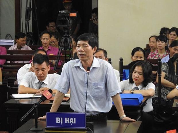 Ông Hoàng Đình Khiếu, Phó giám đốc Bệnh viện Đa khoa tỉnh Hòa Bình.