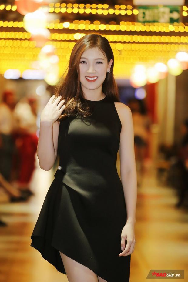 Hoa hậu Phí Thùy Linh