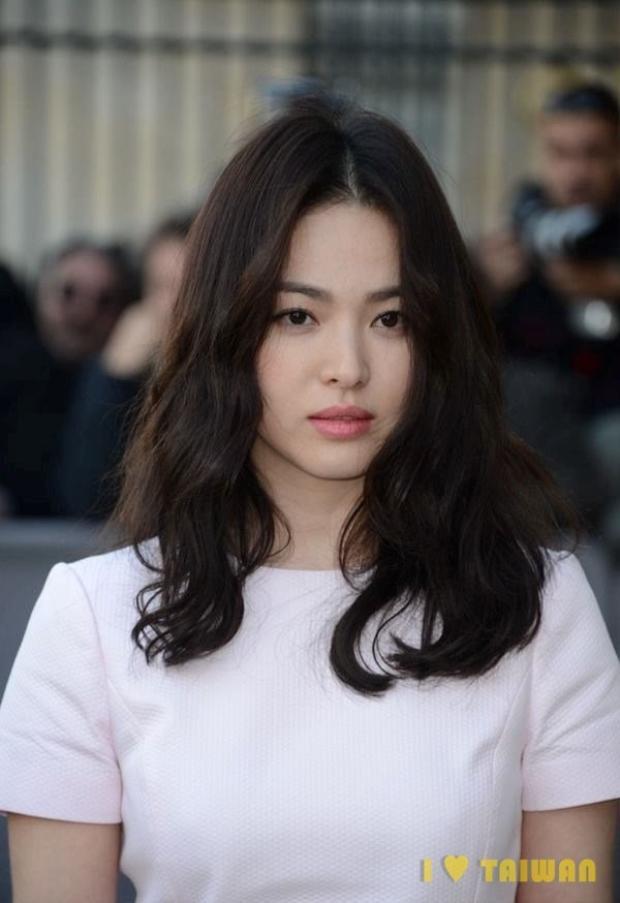 Song Hye Kyo và Park Bo Gum xác nhận đóng Boyfriend' và đây là thời gian lên sóng