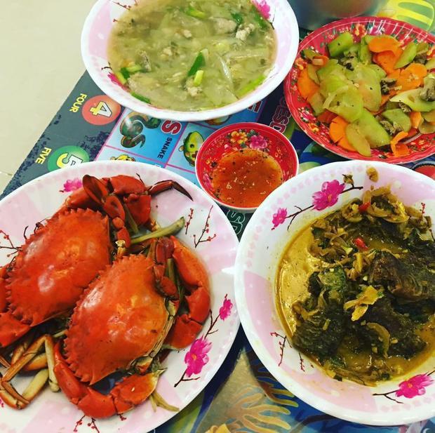 Giỏi bày vẽ đủ món ăn, tự tin nấu rất ngon nhưng cô gái miền Bắc vẫn bị người Sài Gòn chê dở tệ vì lý do này
