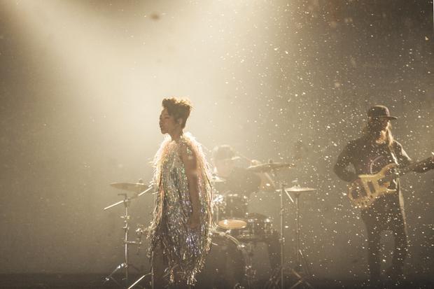 Hình ảnh Trần Thu Hà trong MV mới.