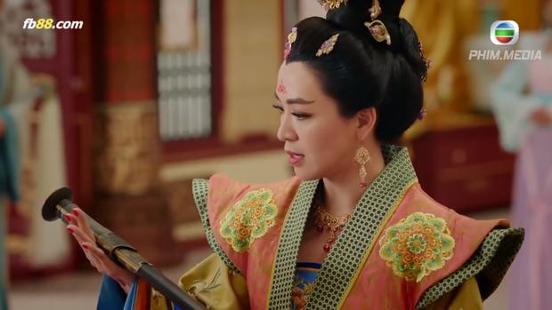 Lý Long Cơ hẹn gặp Thái Bình công chúa đến thương lượng và cho cô cô… xem thanh kiếm sắc bén của mình