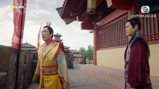 Lý Long Cơ vì những hành động quyết liệt, lộng hành này của Thái Bình công chúa mà tìm đến Hà Li (Tiêu Chính Nam) để chia sẻ, giãi bày