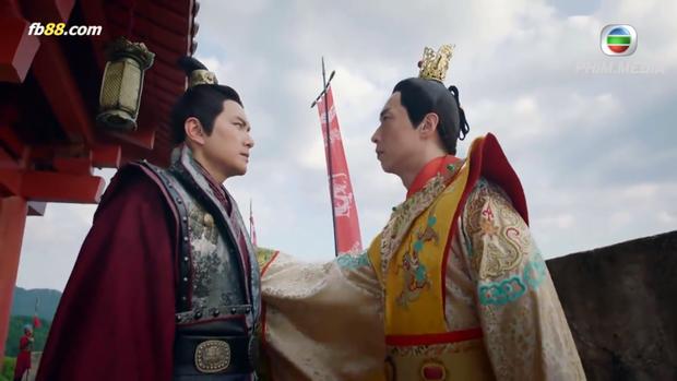 """Lý Long Cơ và Hà Li """"thân như thủ túc"""" vậy! Mà cũng đúng thôi, vì họ chính là anh em chung huyết thống mà!"""