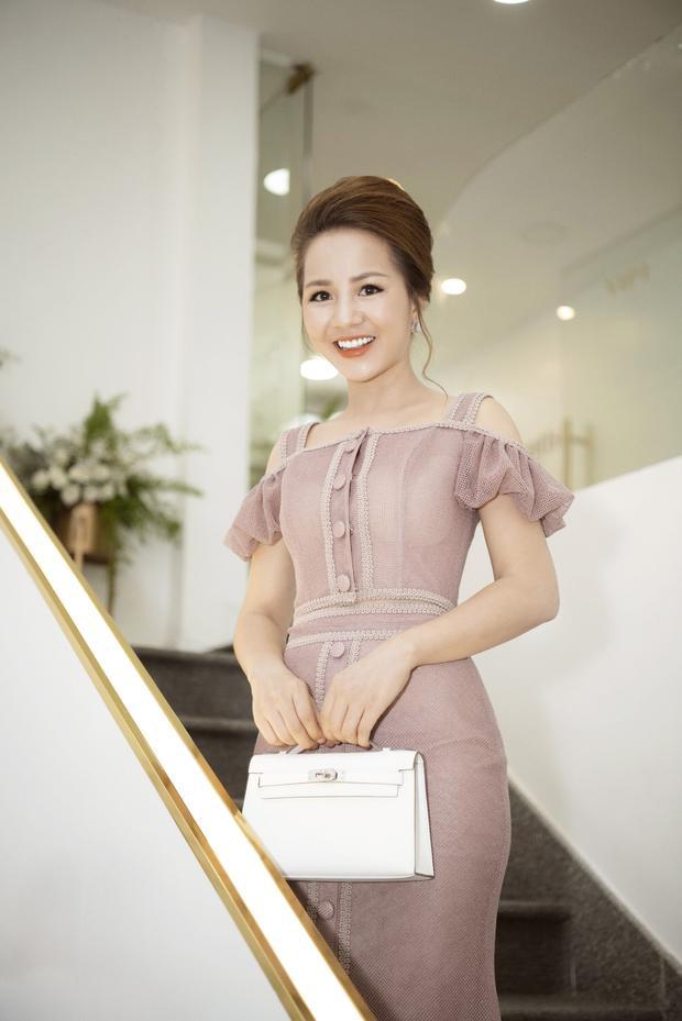 Doanh nhân Phượng Nguyễn.