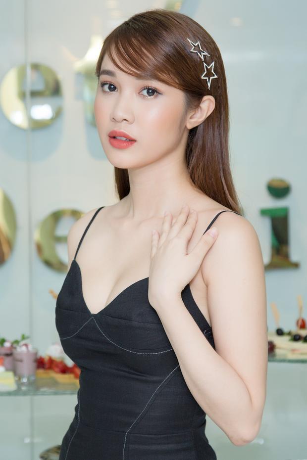 Người mẫu Quỳnh Hương