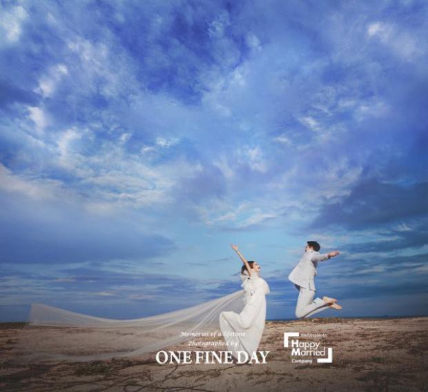 Cặp đôi lệch tuổi ồn ào nhất Hàn Quốc khoe ảnh cưới tuyệt đẹp được chụp tại Việt Nam