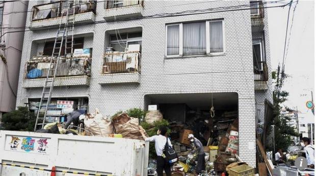 """Một """"căn hộ rác"""" tại Nhật Bản. Ảnh: South China Morning Post"""