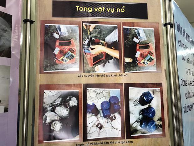 Theo báo Thanh Niên Online, tại cơ quan công an, Thành khai nhận, được cha ruột, là Nguyễn Khanh giao cho nhiệm vụ chế tạo quả nổ. Sau 7 lần thực hiện thử nghiệm tại cánh đồng ở ấp Đồng Minh, xã Hố Nai 3, Thành đã giao lại cho Khanh 2 quả nổ. Ngoài ra, tiến hành khám xét nhà đối tượng Thành, cơ quan công an đã thu giữ lượng lớn tang vật gồm: 38 kíp nổ, 8 quả nổ tự chế đã được chế tạo thành công, 10 kg thuốc nổ loại TNT đặt quanh nhà… Trong ảnh là hình ảnh những thiết bị, vật liệu nổ được công an phát hiện và thu giữ. Ảnh: Zing.
