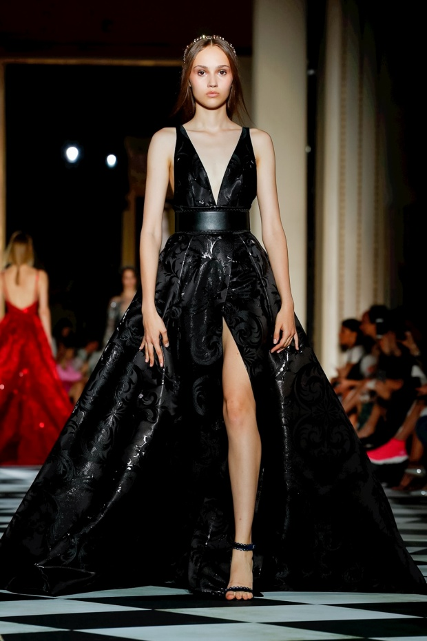 Zuhair Murad, Fashion Show, Couture Collection, Fall Winter 2018 in Paris