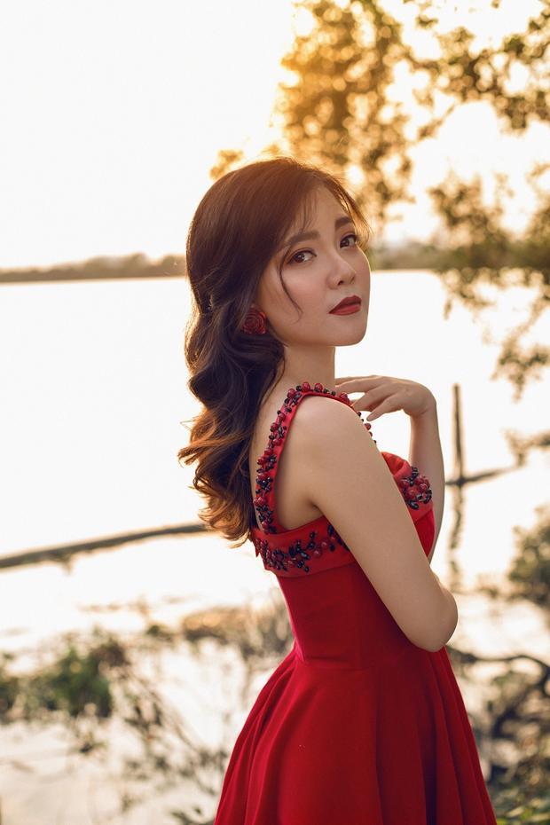 Hình ảnh nữ ca sĩ Thanh Ngọc xinh đẹp, mặn mà trong sản phẩm mới nhất.