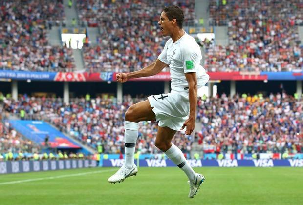 RaphaelVarane đánh đầu mở tỷ số trận đấu. Ảnh: FIFA