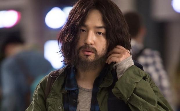 """Nam diễn viên điển trai Yang Se Jong của """"Temperature of Love"""" sẽ hóa thânthành mộtngười đàn ông khép kín và từ bỏ xã hội trong dựán lần này."""
