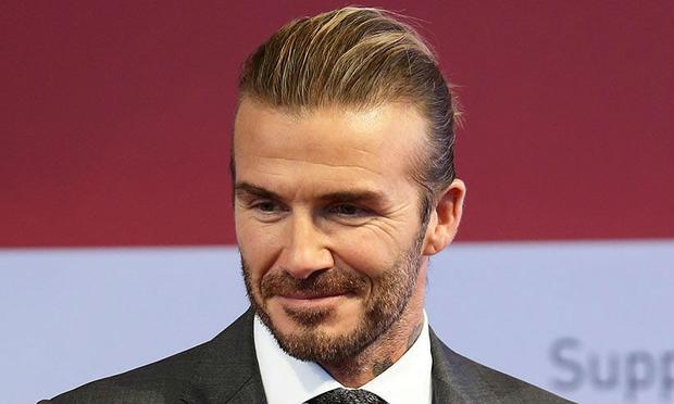 Mặc dù đã giải nghệ nhưng David Beckham vẫn nút hút fan trên Facebook, bằng chứng là anh đang sở hữu fanpage có lượng người nhấn like lên tới 53.712.467, xếp vị trí số 4 trong danh sách những cầu thủ được quan tâm nhiều nhất trên Facebook.