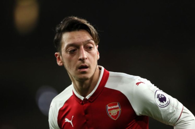 Mesut Özil đúng ố 7 trong danh sách những cầu thủ được nhấn like nhiều nhất trên Facebook với 31.453.053 người nhấn like.