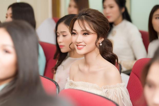 … và Ngọc Nữ - Top 10 Hoa hậu Hoàn vũ Việt Nam 2017.