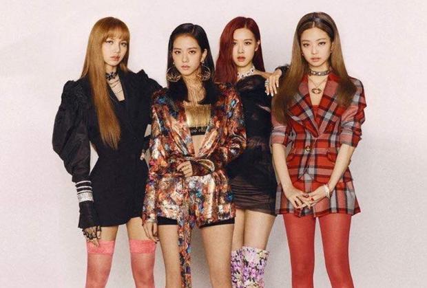 """""""BLACKPINK được yêu thích bởi những người có đam mê và đánh giá cao các phong cách thời trang. Các nhóm như TWICE chỉ có gu phù hợp với phần đông công chúng"""" - Choi Kyoung Won."""