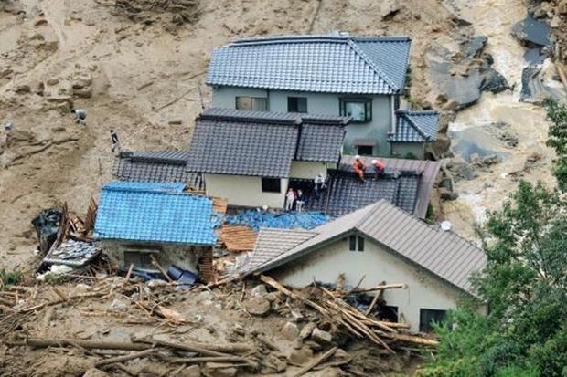 Một trận sạt lở đất do mưa lớn kéo dài từng khiến ít nhất 18 người dân tại tỉnh Hiroshima thiệt mạng.
