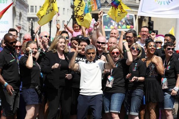 Ông Sadiq Khan, thị trưởng London, tại buổi diễu hành