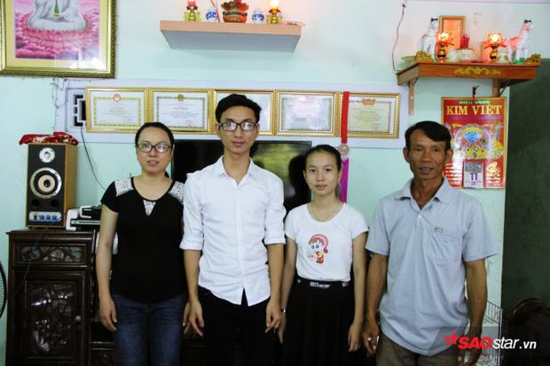 Một mình ba Thạch là trụ cột chính nuôi cả gia đình, bà Nguyễn Thị Thanh Thúy (mẹ Thạch) đã mất khả năng lao động nhiều khi cách đây 3 năm phải phẫu thuật vì bệnh u bàng quang.