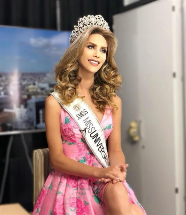 Với việc chiến thắng Hoa hậu Hoàn vũ Tây Ban Nha, Angela Ponce sẽ là đại diện tiếp theo của đất nước này tham gia Miss Universe - Hoa hậu Hoàn vũ 2018.
