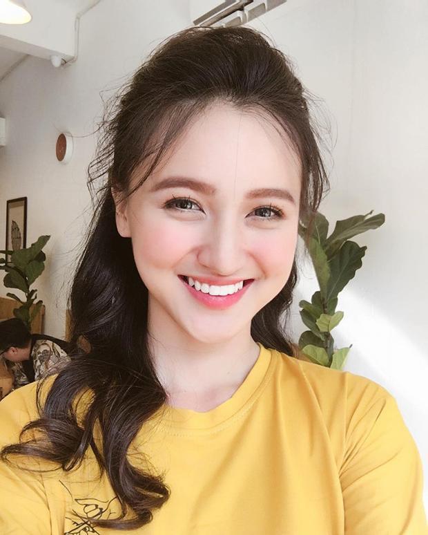 Hot girl Mai Tây khá nổi trong giới trẻ Việt.