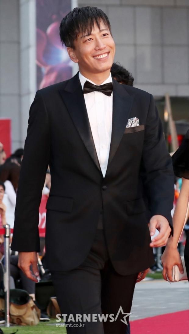 Kang Doo.