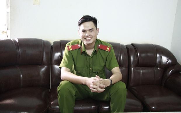 Em Mông mơ ước sẽ đỗ vào trường ĐH Cảnh sát nhân dân -TP.HCM để trở thành chiến sĩ công an