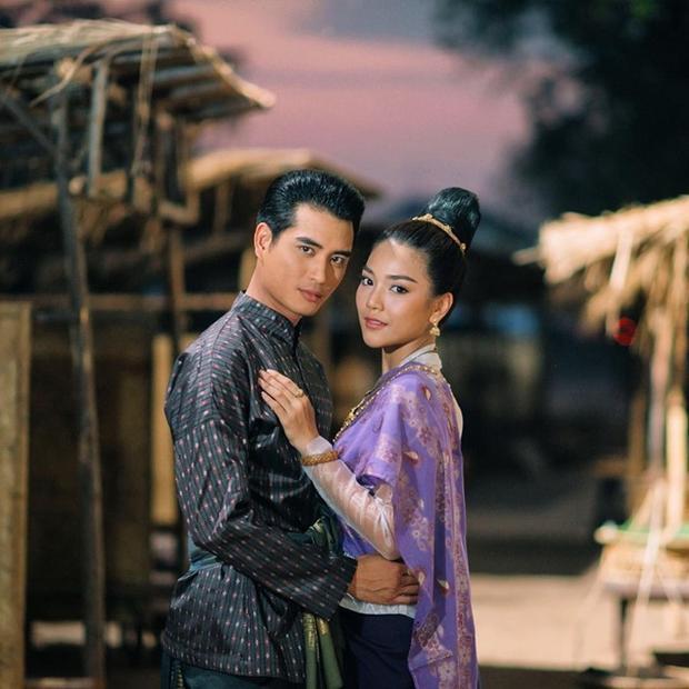 Cặp đôi phụ trong siêu phẩm 'Ngược dòng thời gian để yêu anh' tương phùng với dự án phim mới