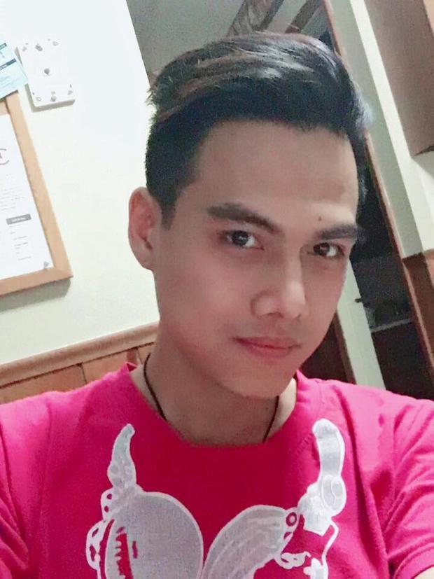 Hành trình 'come out' của chàng đồng tính 8X: Tao sinh mày là con trai chứ không phải thứ pê đê bệnh hoạn